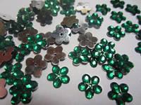 Цветок зеленый прозрачный с серебристым дном 12 мм, уп. 20 шт.