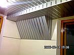 Коридоры и санузлы  ( алюминиевые реечные потолки )