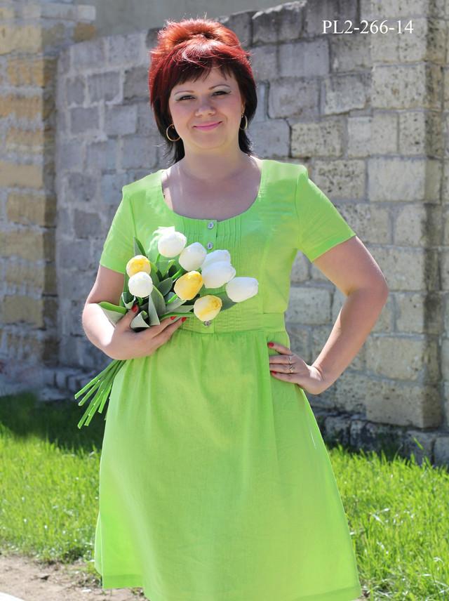 Нарядное платье больших размеров на весну