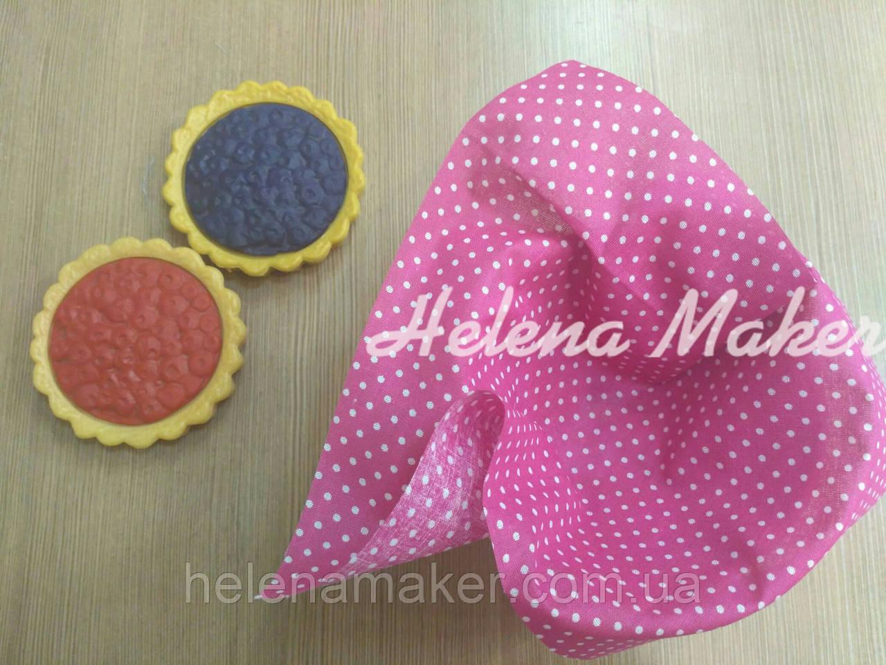 Відріз тканини для рукоділля Рожевий в дрібний білий горошок