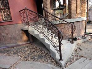 Перила кованные, ограждение лестниц