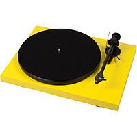 Проигрыватель виниловых дисков Pro-Ject Debut Carbon (OM10)