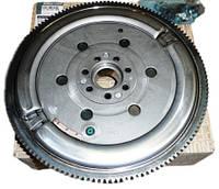 Маховик 1.5dCi Renaul Kangoo 2 Renault  123003948R