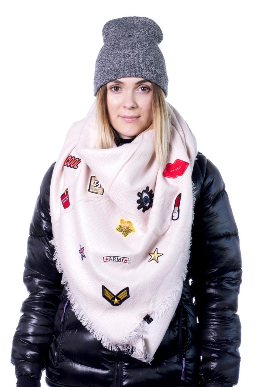 Нежный мягкий и теплый шарф-палантин