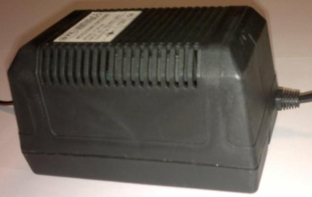 Блок питания 12В, 5А, 60Вт пластиковый