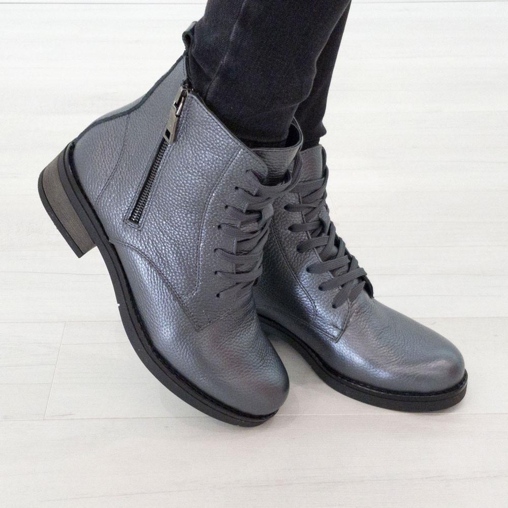 Серые кожаные ботинки 37. 39. женские Woman's heel на шнуровке с молнией