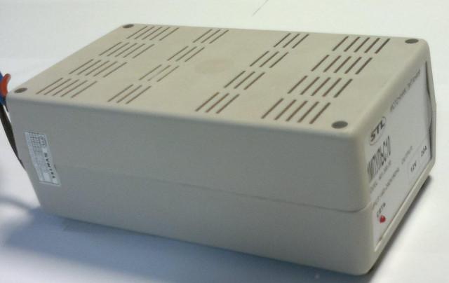 Блок живлення 12В, 20А, 240Вт пластиковий