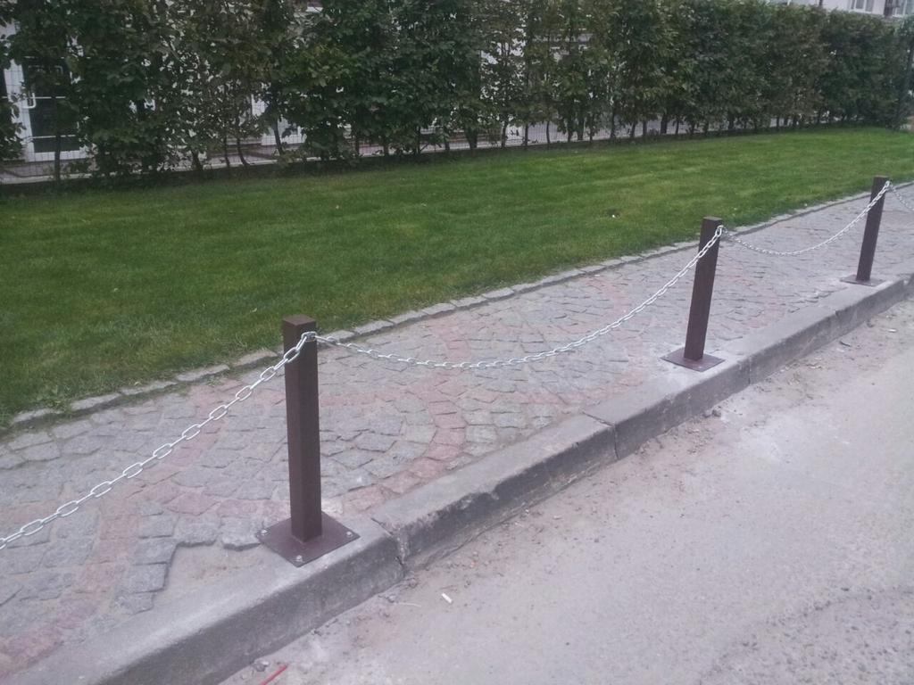 Спасение пешеходов у Британского квартала, парковочный барьер 3