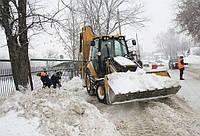 Уборка снега Киев. Вывоз снега Киев.