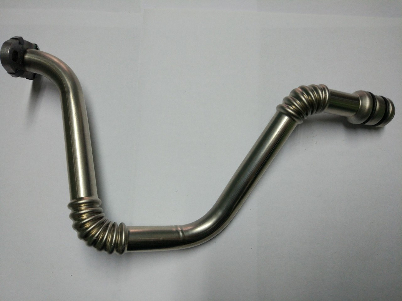 Трубка зливу масла турбіни Renault Trafic, Opel Vivaro 1.9, 2001-2006, Renault/Nissan 8200502013