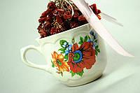 Чашка белая с цветами