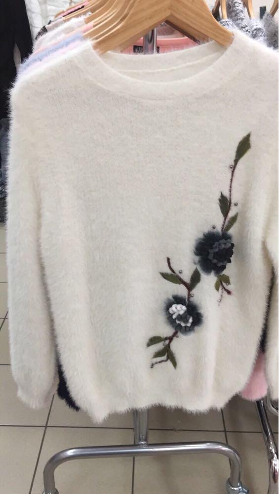 Кофта женская Ангора с цветами