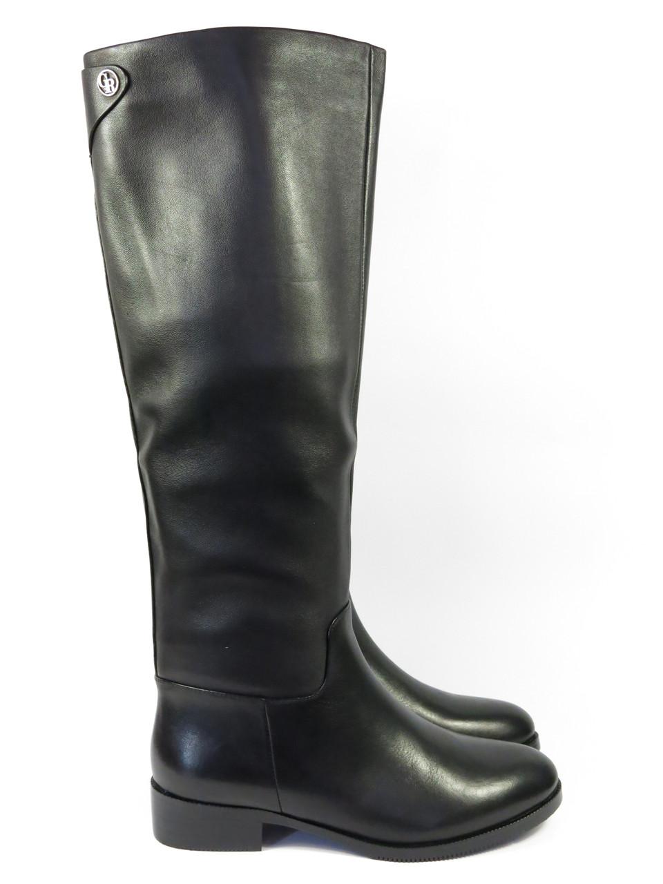 Стильные зимние сапоги на низком каблуке кожа