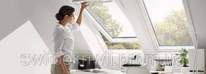 Мансардное окно VELUX PREMIUM Стандарт GLU 0051 – ручка сверху, фото 2