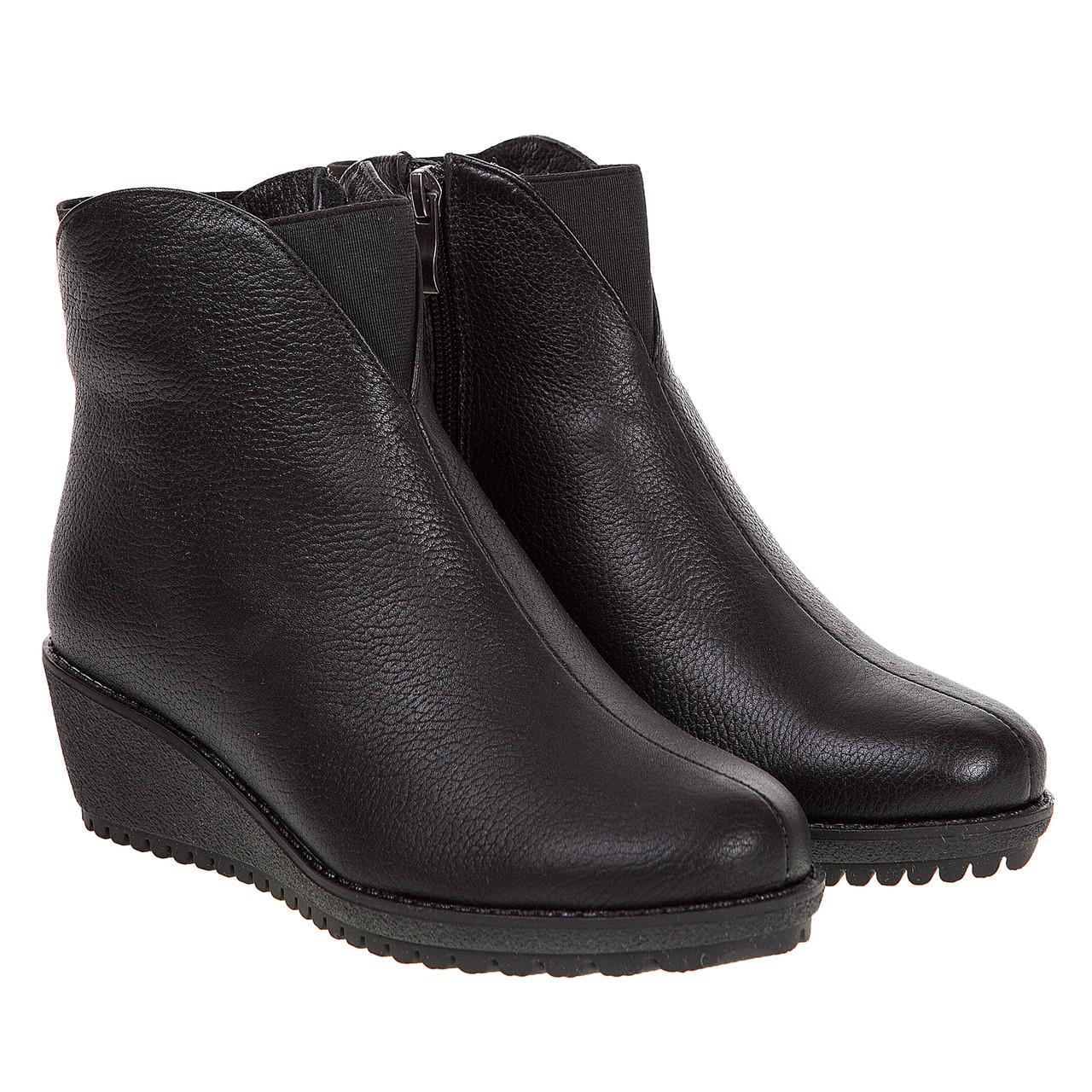 a2fefba82 Купить Ботинки женские Mariani (чёрные, кожаные на танкетке ...
