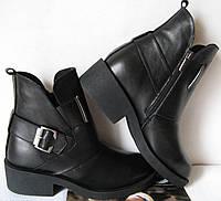 Женские удобные зимние ботинки кожаные  Diesel черные, фото 1