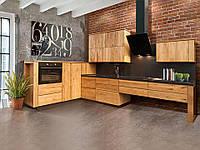Кухня с фасадами из мебельного щита