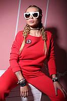 Спортивный костюм утепленный  красного цвета