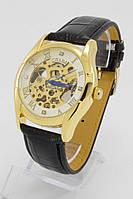 Мужские механические наручные часы Слава золотые с черным ремешком