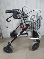 Ходунки  для взрослых на колесах в хорошем состояние  б.у для реабилитации Германия