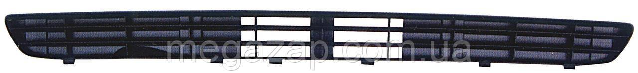Решетка переднего бампера средняя AUDI 80/90 (87-91)