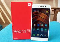 Xiaomi анонсировала молодежный смартфон Redmi Y1