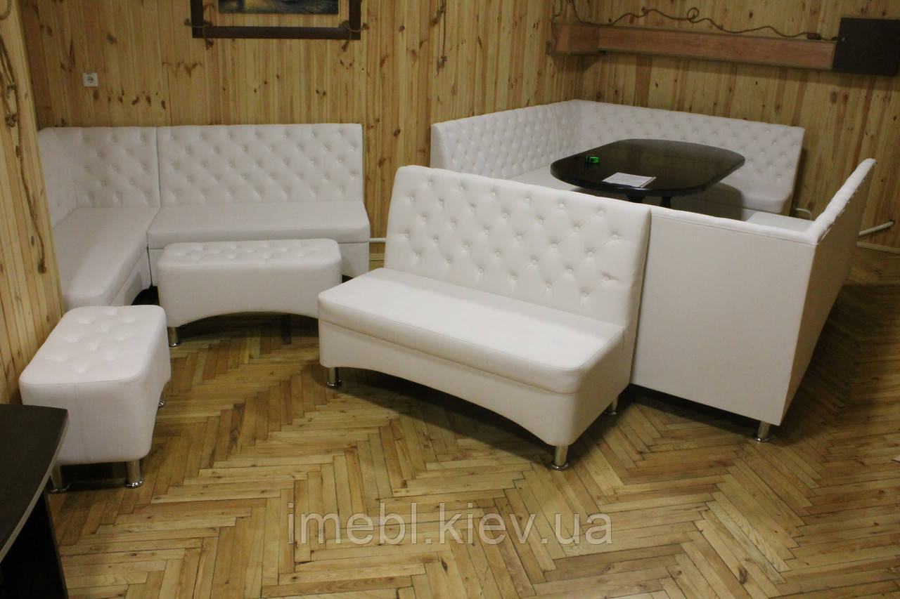 Белые угловые диваны для кафе ресторанов и зон отдыха (4 штуки)