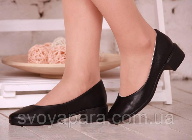 Туфли женские чёрные кожаные с кожаной подкладкой на термополиэстеровой подошве с широким каблучком