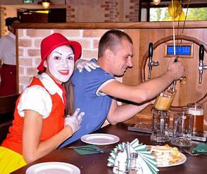 На открытии ресторана