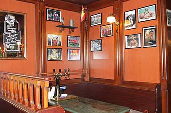 Столики самообслуживания в ресторане Galway Pub, Тбилиси, 2013 год 2
