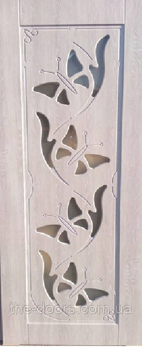 Двери межкомнатные Бабочка со стеклом пленка ПВХ