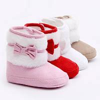 Детские утепленные пинетки Унты, сапожки (розовые и белые) с мехом для новорожденной девочки 3, 6, 9 ,12, 18 м, фото 1