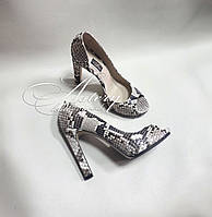 Женские серые туфли из питона с открытым носком