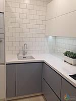 Кухня на заказ BLUM-053 краска по RAL каталогу