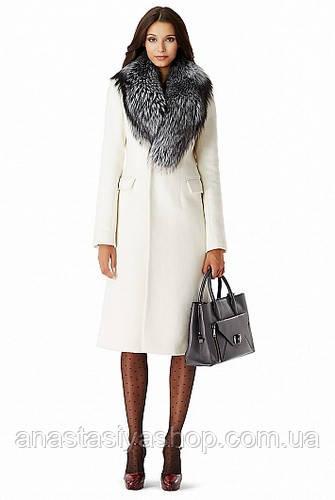 Удлиненное зимнее пальто с воротником из чернобурки