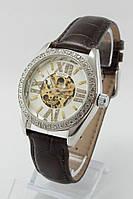 Женские механические наручные часы Omega серебристые с камнями с коричневым ремешком