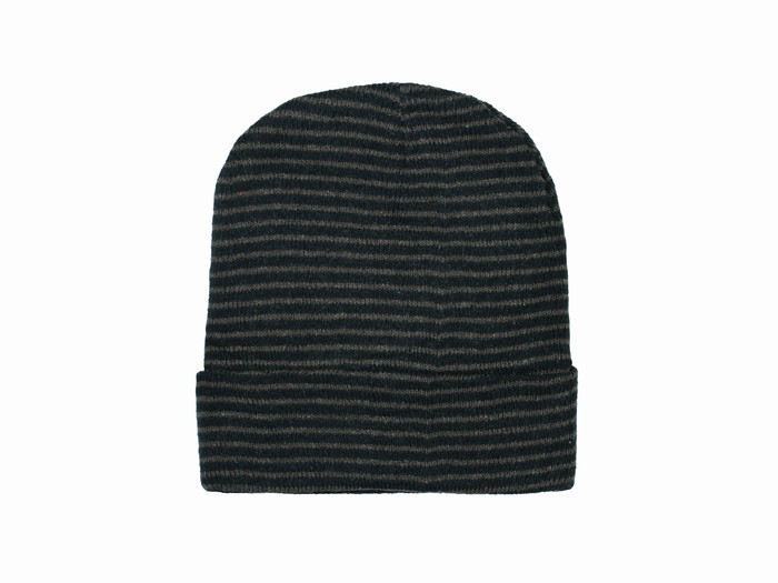 Вязаная шапка бини Stripy