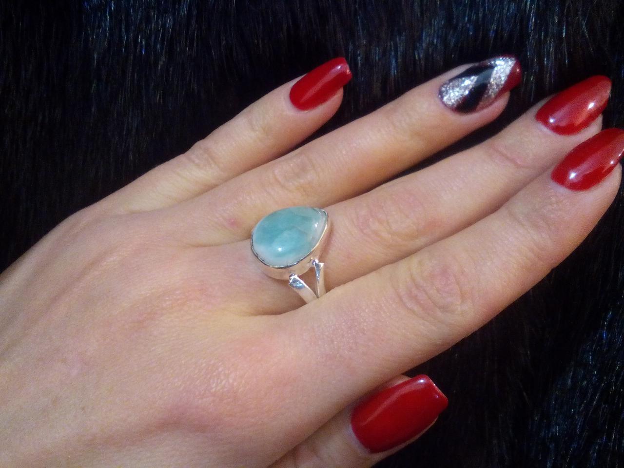 Натуральный ларимар кольцо капля с  натуральным камнем ларимар (Доминикана) в серебре 20-21 размер.