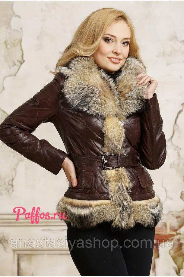 Женская куртка из натуральной кожи с мехом волка