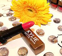 Матовая помада №002 KYLIE lipstick