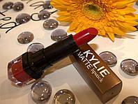 Матовая помада №001 KYLIE lipstick