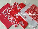 Отрез новогодней ткани Снежинки на красном фоне, фото 2