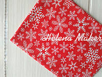Отрез новогодней ткани Снежинки на красном фоне