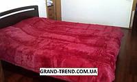Ворсистое покрывало на кровать полуторного размера вишневое