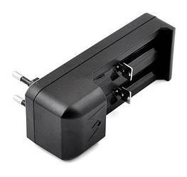 Зарядное устройство одного/двух аккумуляторов Li-ion или Ni-MH