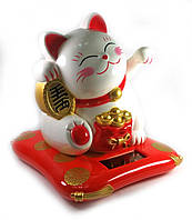 Кошка Манэки-нэко на солнечной батарее (17х16х14 см)