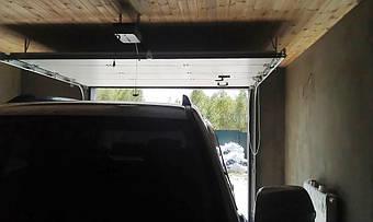 Необходимая перемычка для автоматических гаражных ворот Алютех серии Стандарт составляет всего 140 мм.