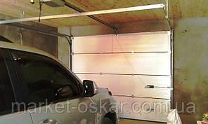 Секционные гаражные ворота Alutech Standart с пружинами растяжения