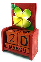 """Календарь настольный """"Цветок"""" дерево красный  (15х10х5 см)"""