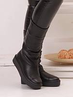 Сапоги женские зимние черные кожаные с подкладкой из натуральной шерсти на плоской подошве платформе